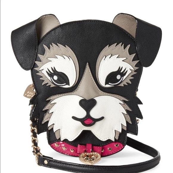 Betsey Johnson Handbags - Betsey Johnson crossbody bag